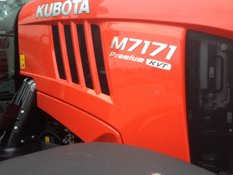 Kubota M7151K
